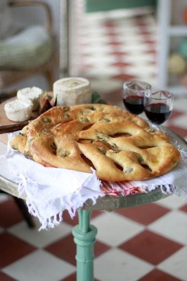 Leilas fougasse.  A beautiful bread to present.. recipe written in Swedish, use Google Chrome to translate.