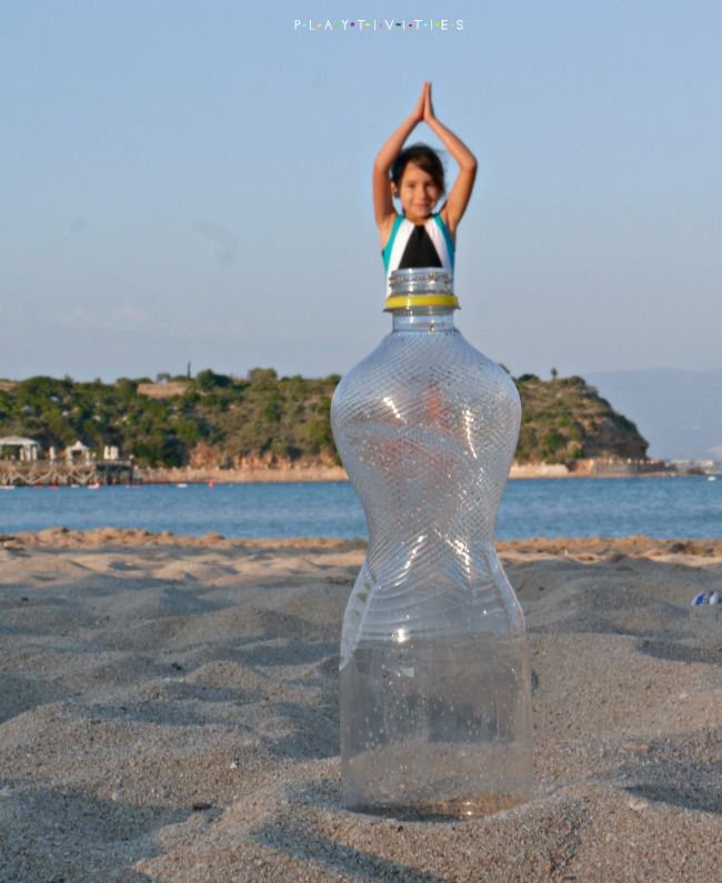 Forced Perspective. Fun Pictures At The Beach – PlayTivities