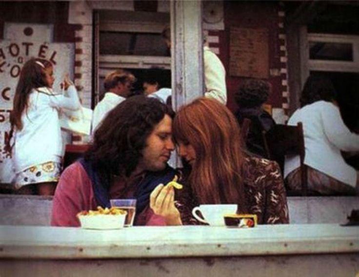 La últimas fotos conocidas de Jim Morrison, pocos días antes de su muerte
