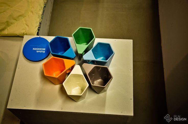 Wystawa must have, Kubek MODERN  projekt Kabo&Pydo  producent AVANT Fabryka Porcelitu - PLN Design