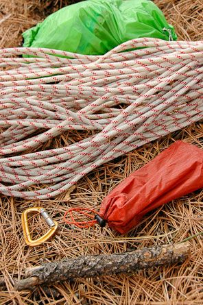 Backpacker Magazine - How to Hang a Bear Bag--PCT Style: There are several methods to hanging bear bags, but the goal is the same: Don't get attacked/eaten by a bear while sleeping!
