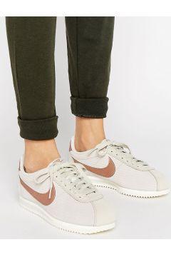 Nike Classic Cortez Leather Luxe Trainers In Bone And Metallic Bronze - Beige https://modasto.com/nike/kadin-ayakkabi/br173ct13 #modasto #giyim
