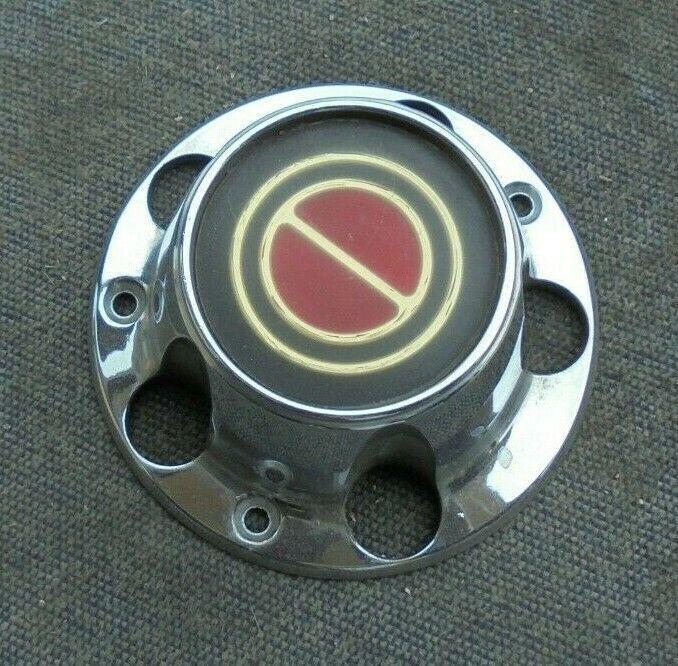 90 91 92 93 94 Mazda Miata alloy wheel center cap
