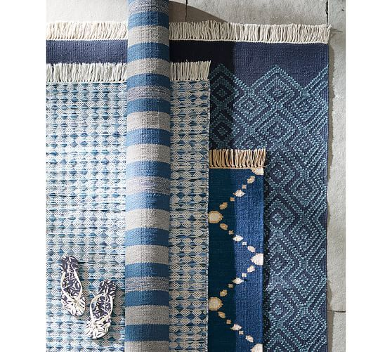 Dot 'N Dash Recycled Yarn Indoor/Outdoor Rug - Indigo