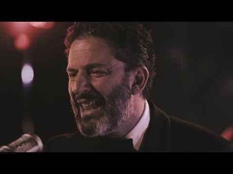 YouTube/John Pizzarelli Canto Casual