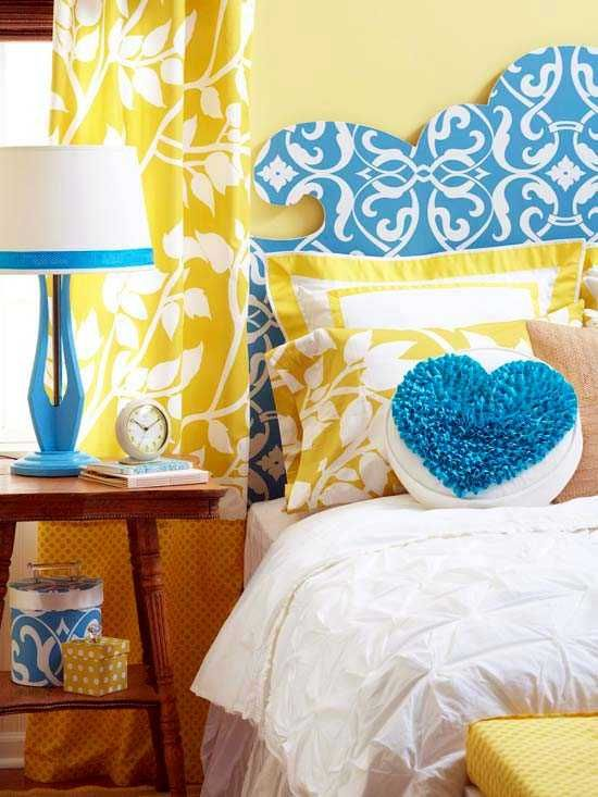 Blue Color Schemes Enhancing Modern Bedroom Decorating Ideas