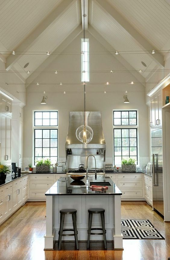 Beautiful Kitchen With High Ceilings Black And White Decor Kitchendecor