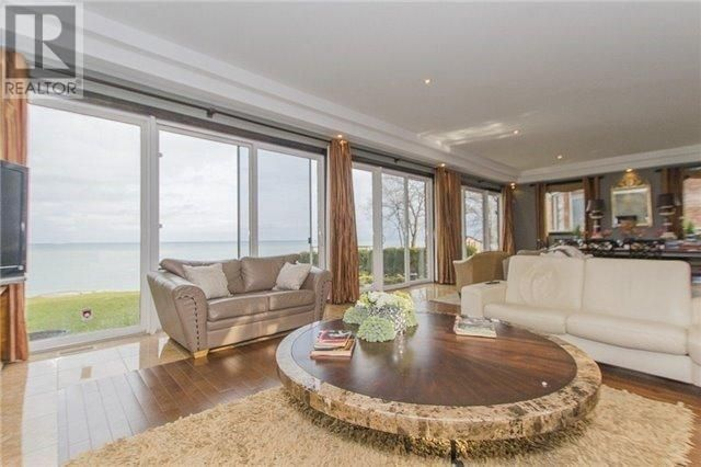 Lakefront Mansion in #Hamilton #Ontario http://www.snapuprealestate.ca/listing/Hamilton-ON/house-for-sale-55-Lakeview-Dr%2C-Stoney-Creek%2C-ON-L8E-5A6-9690236727?utm_expid=87617851-1.FAhb3L1vSMuuMvgV7wL8tw.0&utm_referrer=http%3A%2F%2Fwww.snapuprealestate.ca%2FmanageListing