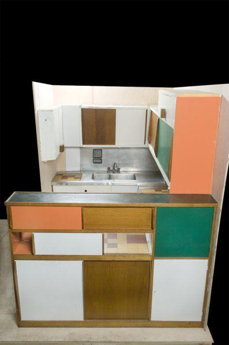 Cuisine bar pour l unit d habitation de marseille 1952 for Le corbusier meuble
