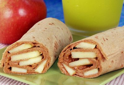 Peanutty Apple Wraps! A great lunch alternative or healthy breakfast option!: Lunches Alternative, Kids Lunches, Healthy Breakfast, Peanutti Apples, Lunches Boxes, Apples Wraps, Breakfast Options, Peanut Butter, Butter Apples