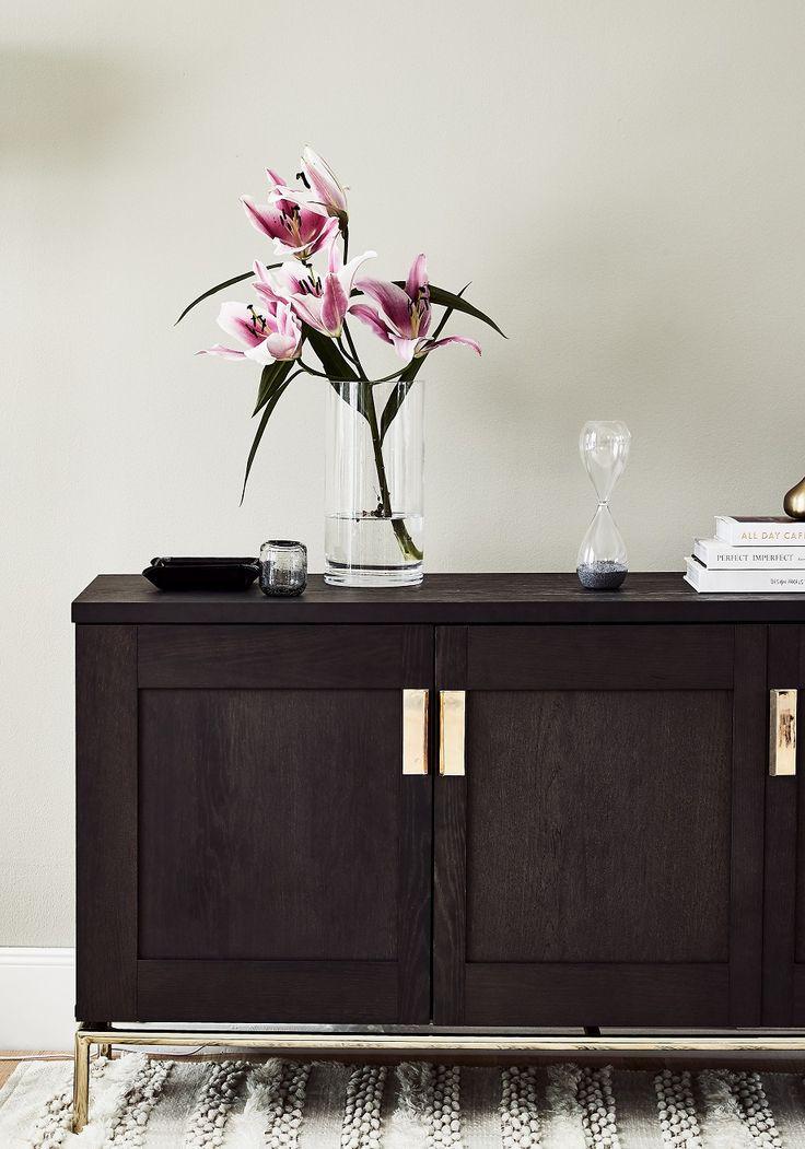 die besten 25 bodenvasen ideen auf pinterest dekorative vasen bodendekoration und diy. Black Bedroom Furniture Sets. Home Design Ideas