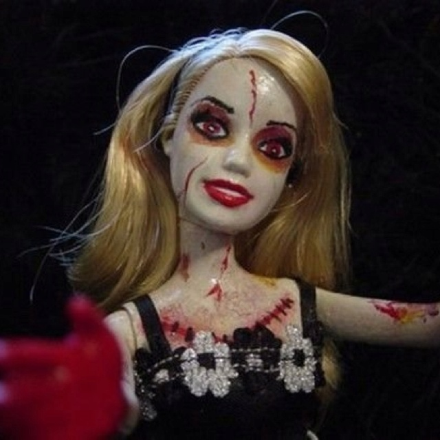 77 best images about zombie barbies and scary dolls on ...