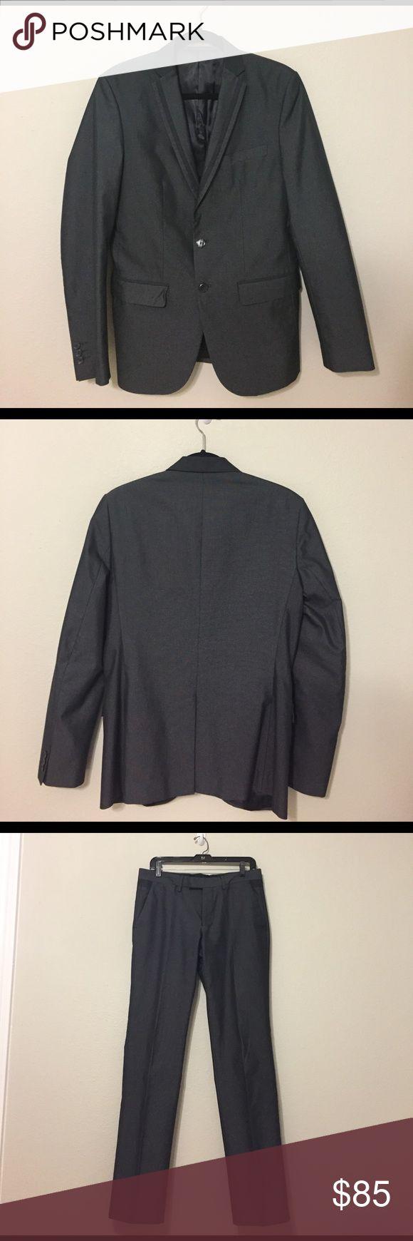 Zara suit Zara suit set. Jacket size 38 R, Pant size 31 Zara Suits & Blazers Suits