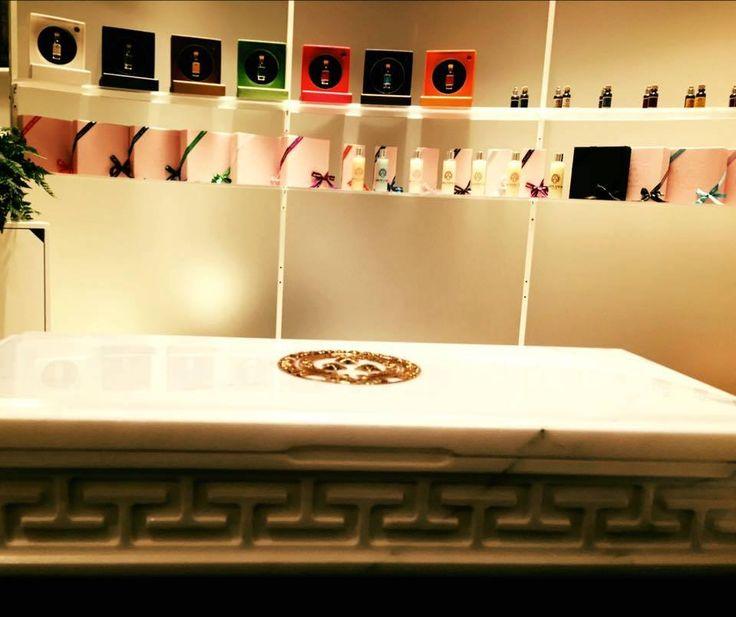 Pitti Fragranze marble box by Acampora @pittimmagine #marblebox #luxury #brunoacamporaprofumi #acampora #marble #gold