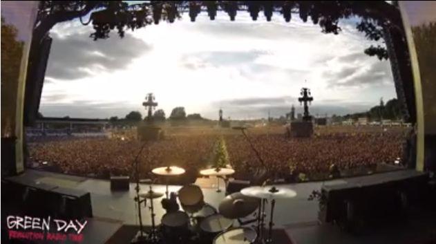 In 65000 persone cantano Bohemian Rhapsody - VIDEO