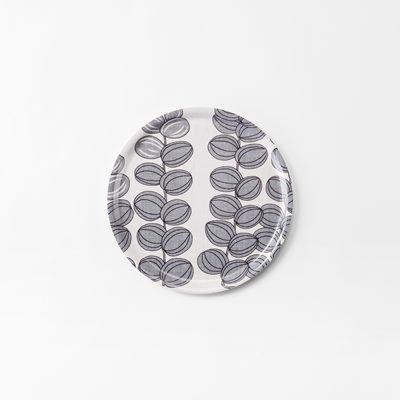 Bricka Celotocaulis - 31 cm, Celotocaulis, Rund, Grå, Josef Frank/Svenskt Tenn | Svenskt Tenn