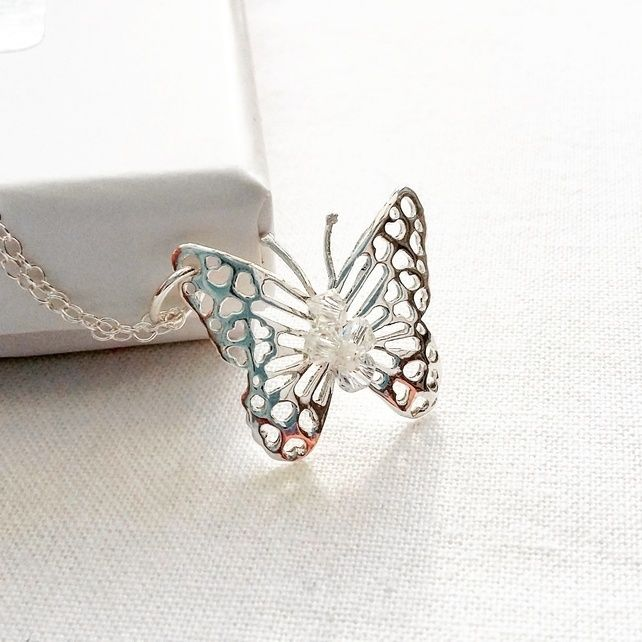 PRETTY FILIGREE STERLING SILVER BUTTERFLY PENDANT  - FREE POSTAGE £21.00