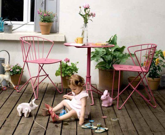Best Outdoor Furniture Stores: High, Low & In Between — Shopping Guide