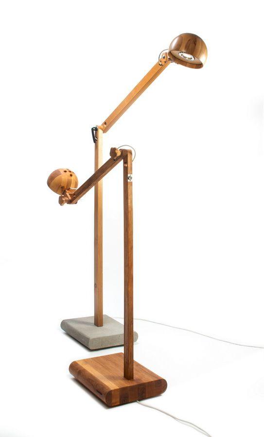Lampa polskiego artysty Abadoc -  Kaka B. Drewno z podstawą z betonu http://gotowewnetrza.pl/sklep/kaka-b-lampa/