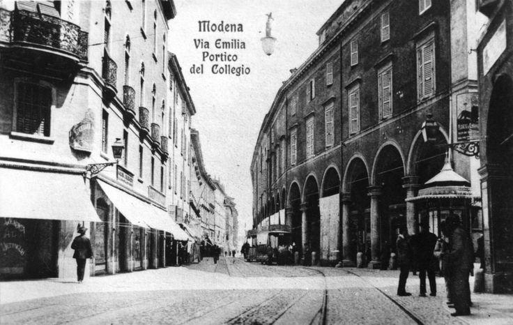 Modena. Via Emilia centro: incrocio con via Farini e via San Carlo, 1900-1912. Fondo Panini Fondazione Fotografia Modena
