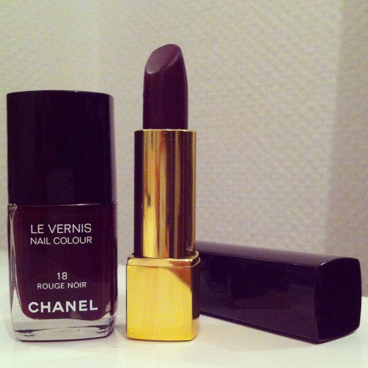Rouge Noir - Chanel http://www.l-autruche.com/2014/01/ce-fut-une-semaine-fascinante-113/