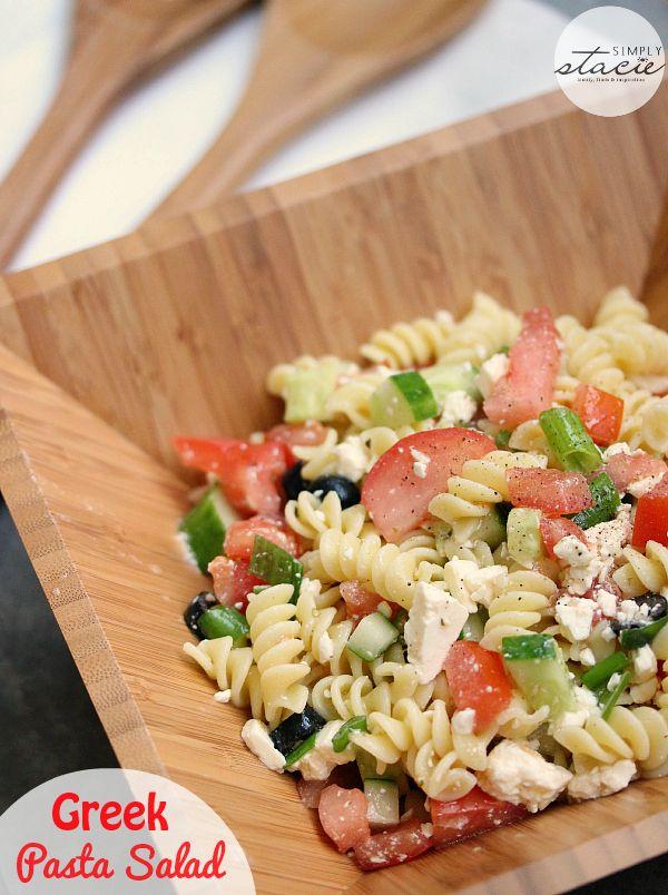 Greek Pasta Salad | www.simplystacie.net | #greek #pastasalad #picnic