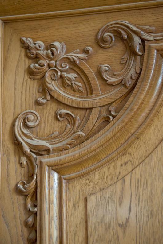 Декор двери