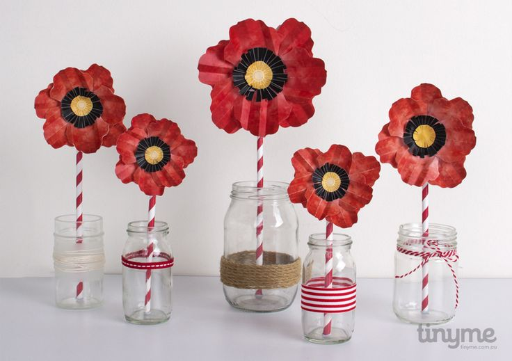 paper poppies :: free printable