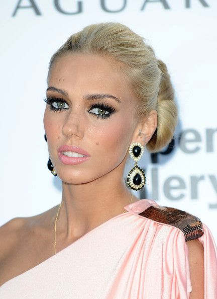 Chatter Busy: Petra Ecclestone Plastic Surgery