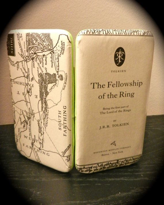 Lord of The Rings Book Page Wallet with Map and Title Page  Mappe