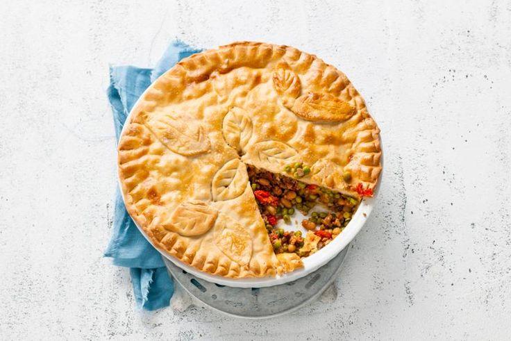 Deze prachtige pie is rijkgevuld, hartverwarmend op gure herfstdagen en ook nog eens voordelig. - Recept - Allerhande