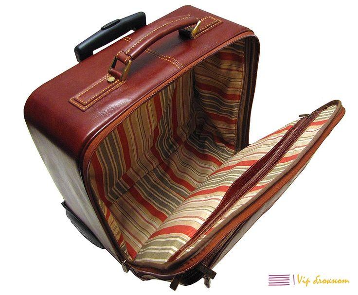 Маленький чемодан на колесах Монтичелло, чемоданы и дорожные сумки на колесиках из натуральной кожи, купить чемодан на колесиках в магазине Vipnotes.ru с доставкой по России