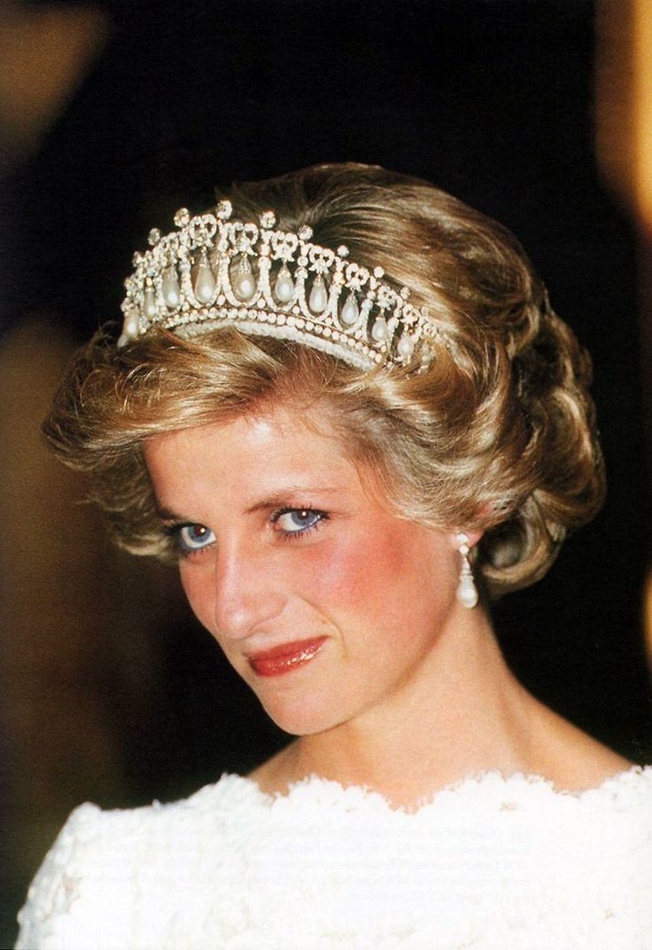 11 November 1985 | Duchesse Or Ange