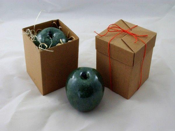 Ceramiczne jabłko w kolorze zielonym. Wykonane ręcznie. Jabłka są w trzech wielkościach - oferta do...
