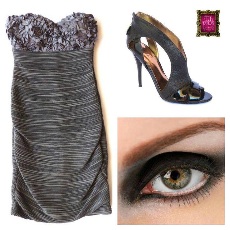¿Para qué ocasión usarías este look? La combinación entre negro y morado brinda un aire refinado y elegante. #LolasAlquilerdeVestidos