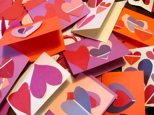 The Chocolate Muffin Tree: Paint Chip Valentine CardsHoliday Crafts Ideas, Painting Chips, Spring Holiday, Painting Swatches, Paint Chips, Chips Valentine'S, Be My Valentine, Valentine Cards, Preschool Valentine'S
