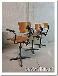 Vintage design krukken kruk barkruk tekentafel kruk industrieel , bar stools industrial vintage Ahrend de Cirkel