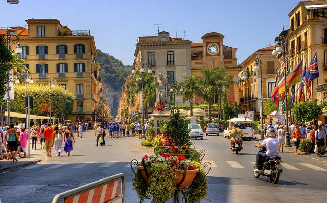 Piazza Tasso, Sorrento, Italy  ahh. take me back.