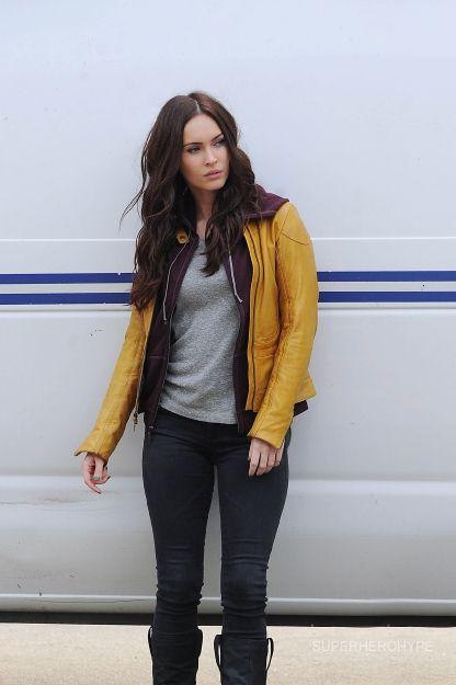 First Look at Megan Fox as April ONeil in NINJA TURTLES - News - GeekTyrant