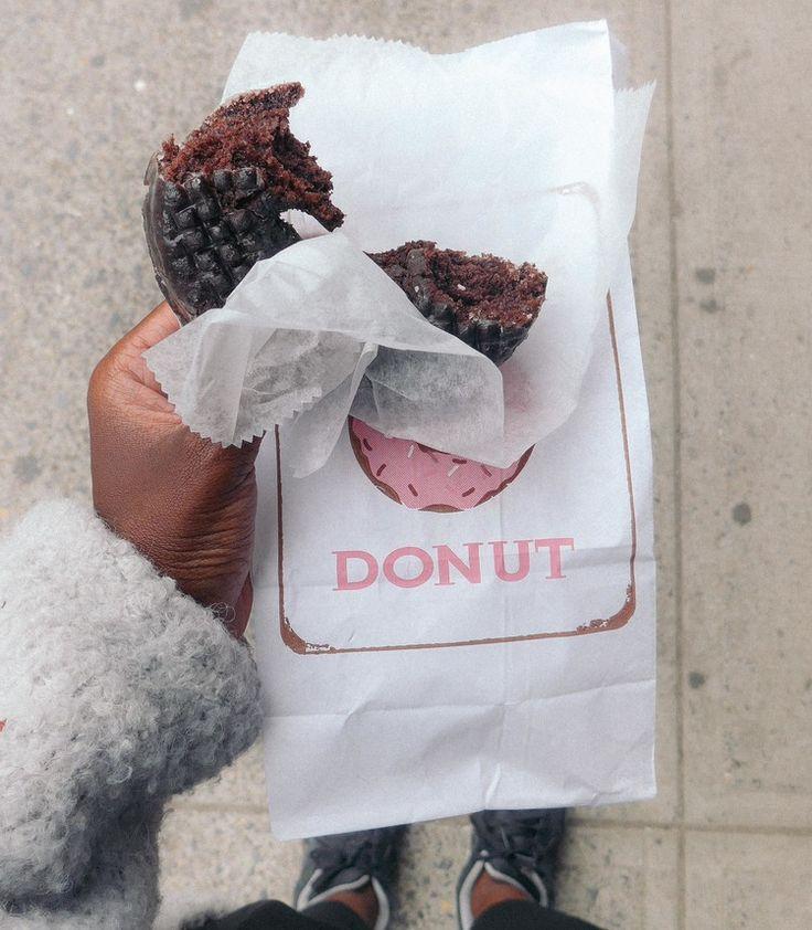 Peter Pan Donuts   TRAVELOGUE.no