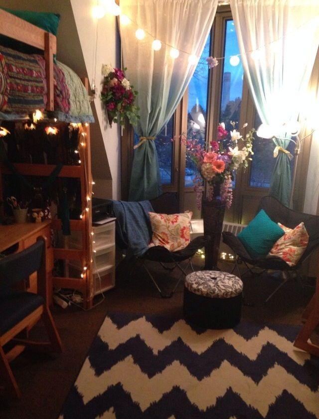 amazing dorm room