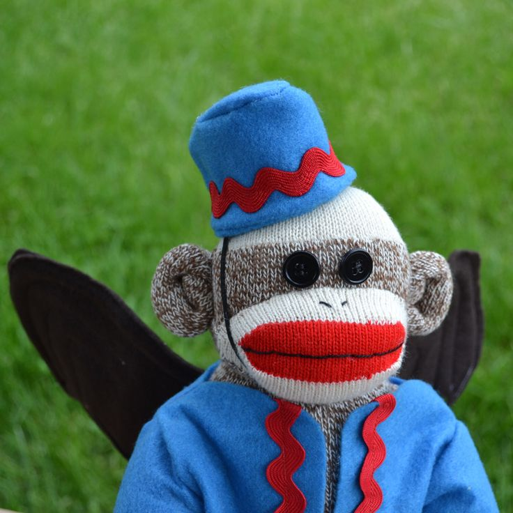 Flying Sock Monkey Doll,  Sock Monkey Wizard of Oz,  Winged Monkey, Emerald City, Oz by MarysMonkeys on Etsy https://www.etsy.com/uk/listing/79766884/flying-sock-monkey-doll-sock-monkey