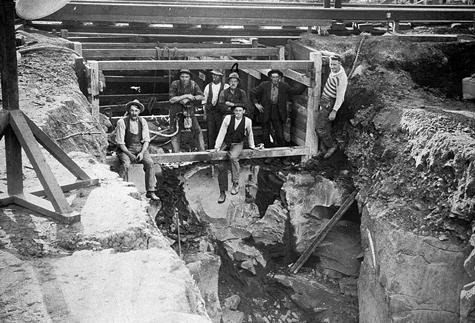 Workers excavating under the Williamstown railway line, Footscray, 1928. #history #melbourne