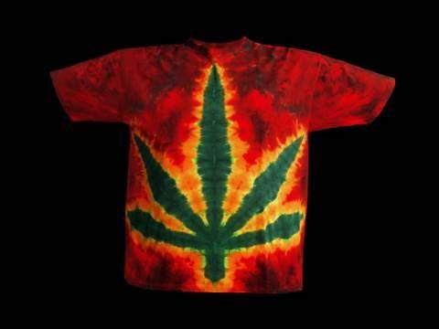 A quick, free lesson on how to make a pot leaf design using simple tie-dyeing
