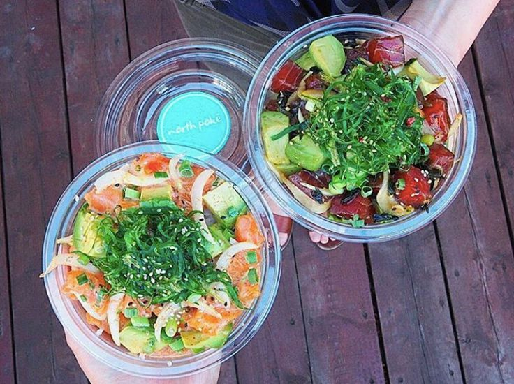 A laid-back seafood shop serving the best authentic Hawaiian poke in Toronto. Located in the heart of Kensington Market - 179 Baldwin St.