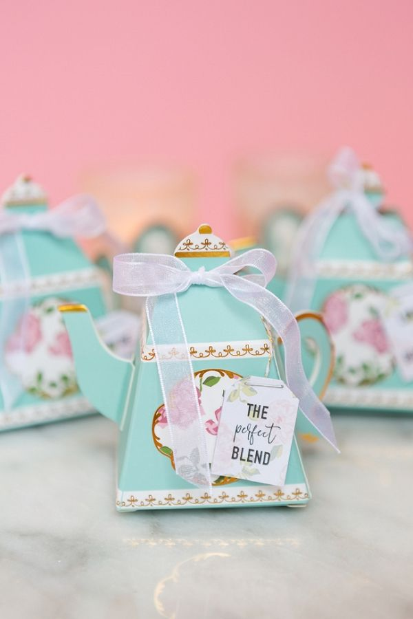 DIY Tea Bags With Free Printables | Gillian Ellis Photography