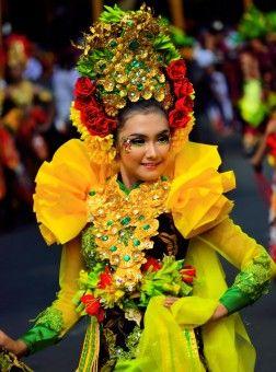 Simon Anon Satria: The Banyuwangi Legendary Smile is the Symbol Hospitality of Banyuwangi People. Taken from Banyuwangi Ethno Carnival, East Java - Indonesia.