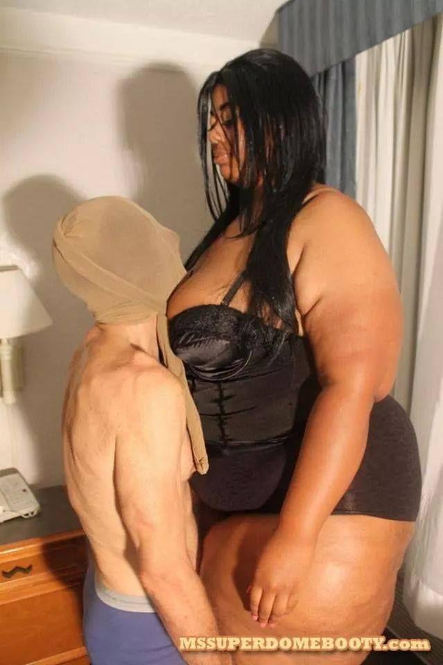 Tall women domination of short husbands