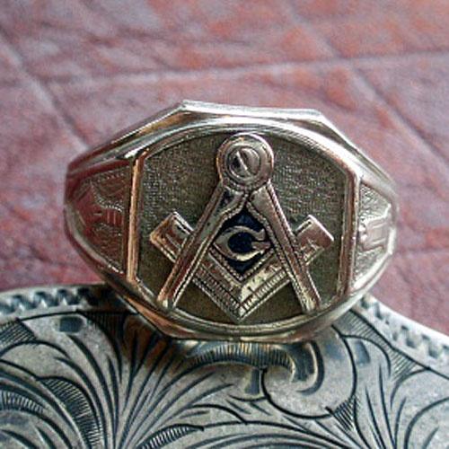 Freemason, love this ring