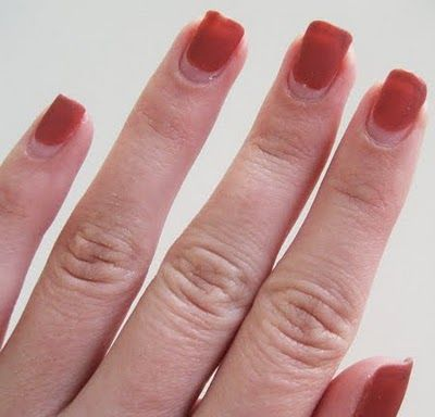 Easy no-chip manicure removal (Worked like a charm!)